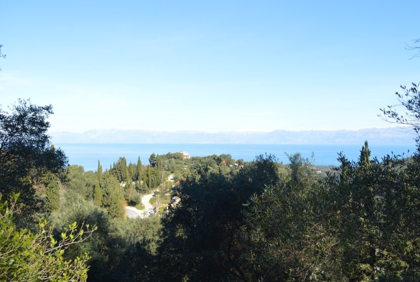 Land 4000m in Karousades Corfu Greece